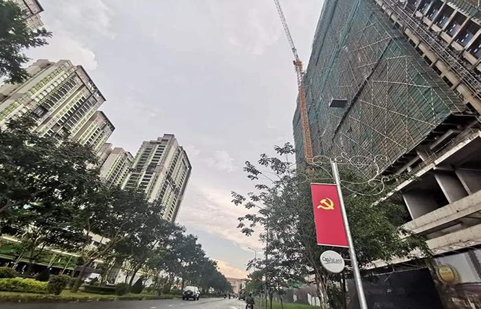 Shophouse khối đế chung cư ven Sài Gòn khó sang tay