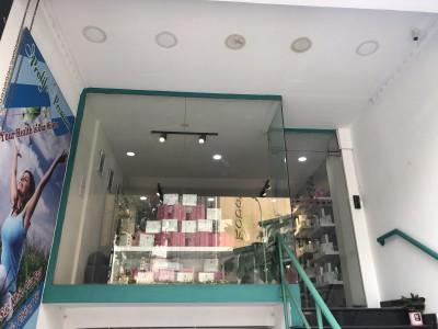 Nhà cho thuê Trần Quang Khải, Phường 08, Quận 3. Giá thuê: 5000 USD/ Tháng chốt.