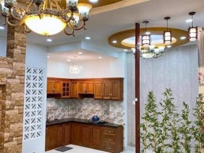 Chủ nhà kẹt tiền, cần bán gấp căn biệt thự 3 tấm ở Củ Chi. Giá : 1 tỷ 550 triệu.