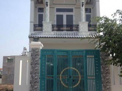 Tôi cần bán gấp nhà như hình vị trí : Diện tích 743, Bình Chuẩn, Thuận An, Bình Dương. Giá: 950 triệu.