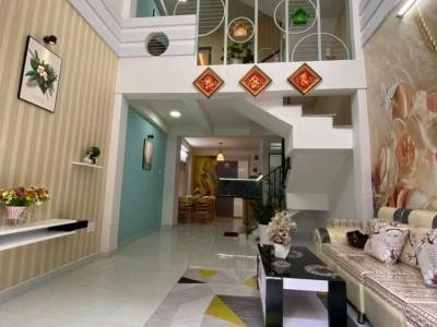 Nhà mới xây đẹp lung linh còn thơm mùi sơn hẻm đường Vũ Tùng, P2, Bình Thạnh. Giá 5 tỷ 360 triệu.