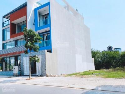 Bán gấp lô đất trong Khu dân cư Tân Đô nằm giữa 2 hồ sinh thái 130m2