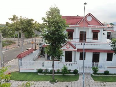 Cận cảnh các góc căn nhà 2 mặt tiền đường quy hoạch số 8 Thị Trấn Long Điền. Giá chỉ 4 tỷ 199 triệu.