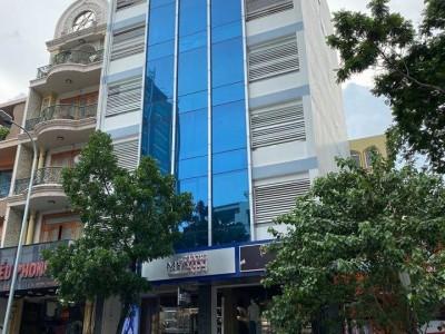 Tòa nhà nguyên căn mặt tiền Nguyễn Đình Chiểu, Quận 3. Giá cho thuê : 370 triệu / tháng.