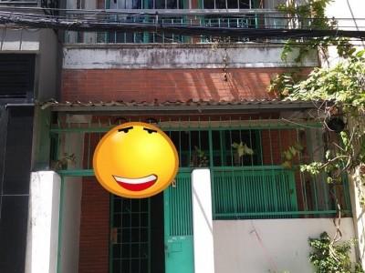 Chính chủ gửi cho thuê nguyên căn Nguyễn Trọng Tuyển, P15, Quận Phú Nhuận. Giá chỉ 12 triệu/ tháng.