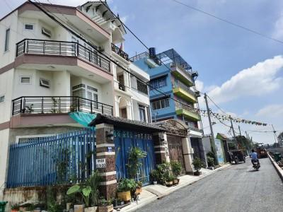 Tôi chính chủ cần bán nhà đường Hà Huy Giáp, Thạnh Lộc, Q12. Giá bán 5 tỷ.