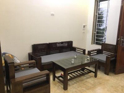 Cần bán gấp nhà phố Đê La Thành Ba Đình, kinh doanh, 50m2x4 tầng, giá chỉ 7.5 tỷ