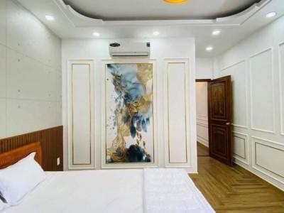 Nhà kế bên chợ, mặt tiền Quận Bình Tân đúc 3 tấm. Giá 5 tỷ.