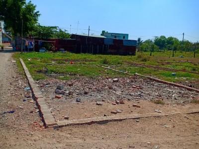 Lô góc quá đẹp vị trí :  Vĩnh Lộc B, cách đường 6B chỉ 50m thôi. Giá cần tiền chốt lẹ : 1,050 tỷ nhanh mới kịp.