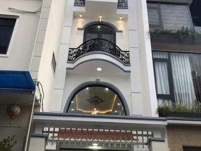 Bán nhà mặt tiền hẻm 124 Xô Viết Nghệ Tĩnh, Phường Thắng Tam, Thành Phố Vũng Tàu. Giá : 6,5 tỷ