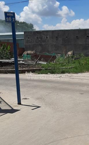 Chính chủ gửi dãy trọ gồm 8 phòng trọ thu nhập mỗi tháng trên 15 triệu. Vị trí mặt tiền đường số 2, Phường Tân Phú , Q9. Giá liên hệ:  0902674678.