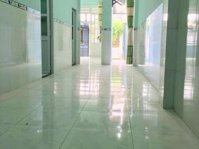 Nhà KP4, Phường Trảng Dài. Giá bán : 1 tỷ 550 triêu. Nhà gần Ngã 4 Quang Thắng.