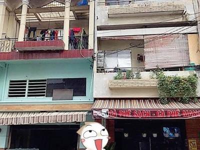 Bán 2 căn mặt tiền Đường Tân Hải, Quận Tân Bình. Diện tích 5x12m2 mỗi căn.  Giá: 12 tỷ mỗi căn.
