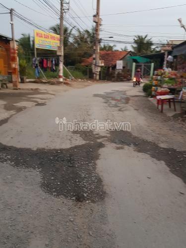 Cho thuê nhà nguyên căn 1 lầu mặt tiền đường Huỳnh Văn Tiết, cách chợ Hưng Long, Bình Chánh 500m