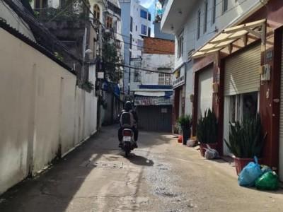 Cho thuê dài hạn Nhà 101/21 Nguyễn Văn Đậu, P5, Bình Thạnh. Giá thuê 13 triệu/tháng.