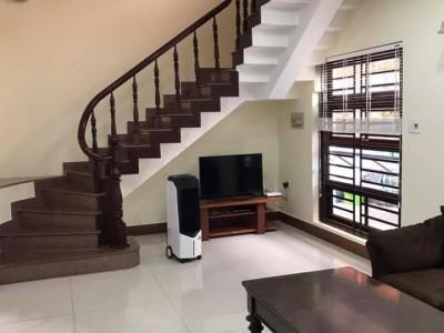 Cho thuê nhà biệt thự sân vườn An Phú, Quận 2. Giá : 28 triệu .