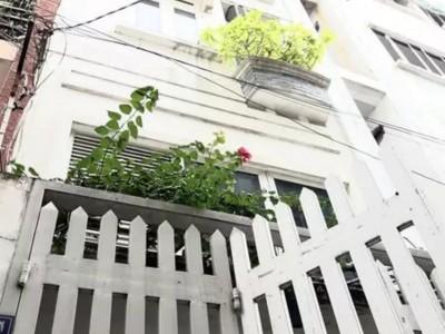 Nhà mới xây - Phan Xích Long - 4 Tầng - 120m2 - 5,3 tỷ -SHR - 0938279369