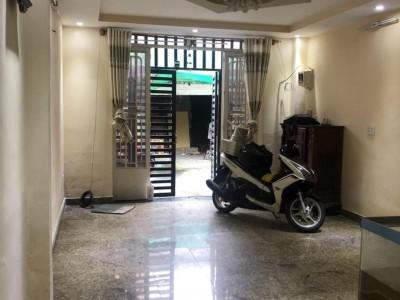 Nhà bán HXH An Dương Vương, Bình Tân 50m2, 3PN giá cực rẻ