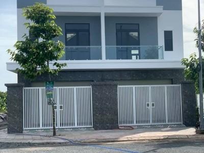 Nhà gần khu du lịch Trường An, Tân Ngãi, Vĩnh Long. Giá gốc : 2 tỷ 751 triệu.