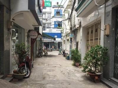 Chỉ 3.7 tỷ, bán nhà đường Đoàn Văn Bơ Quận 4, 68m2,không bị quy hoạch .